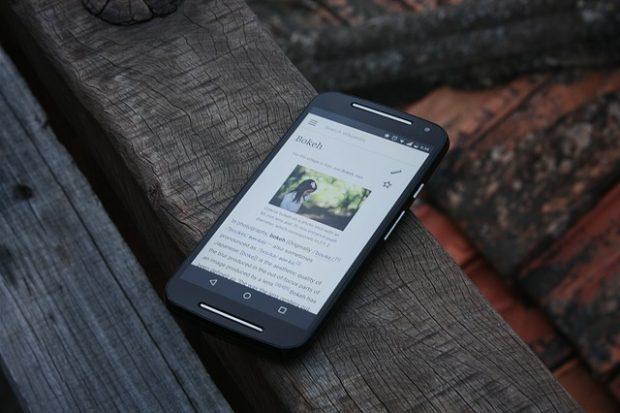 13 Kebiasaan Buruk yang dapat Mempercepat Kerusakan HP Smartphone Anda